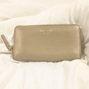 Kate spade gray wallet